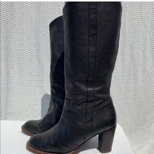 Michael Kor Black Leather Cow Girl Style Boots